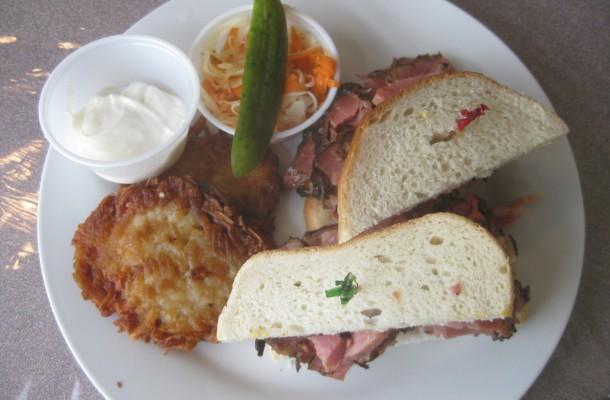 Halifax Smoked Meat Wars: Hali Deli